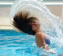 swimming-pool-830505_1280